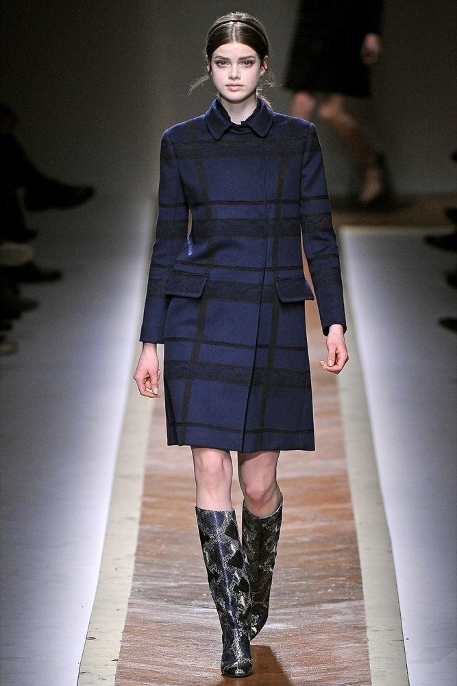 Foto de Valentino Otoño-Invierno 2011/2012 en la Semana de la Moda de París: la moda está triste (23/23)