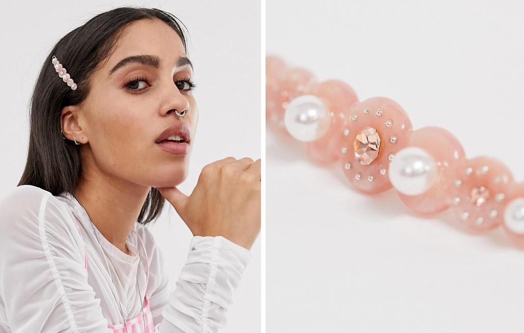 Pasador con perlas y resina rosa