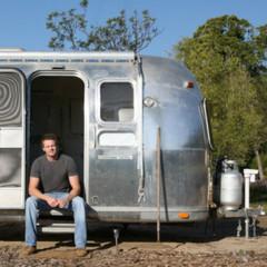 casas-poco-convencionales-una-caravana-con-mucho-estilo