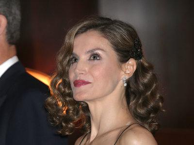 Doña Letizia sorprende con su look más sexy la noche previa a los Premios Princesa de Asturias 2016