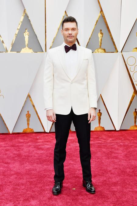 Ryan Seacrest, Lucas Hudges y Luke Bracey: Los primeros en la alfombra roja de los Oscar 2017