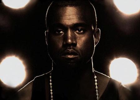 Kanye West a falta de un sex tape puede que se junte con dos #EsoEsCasiTricio