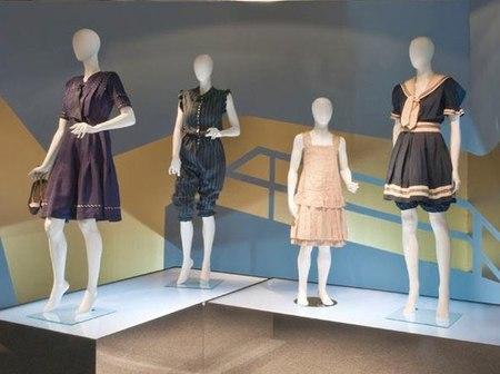 El Museo del Traje nos inspira con el traje de baño a través de la historia