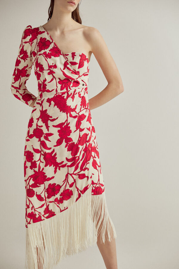 Vestido de escote asimétrico con manga francesa y abullonada, efecto overlap con drapeado y flecos en falda. Tejido Ecovero Viscosa