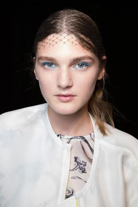 Eyeliner de colores y diferente
