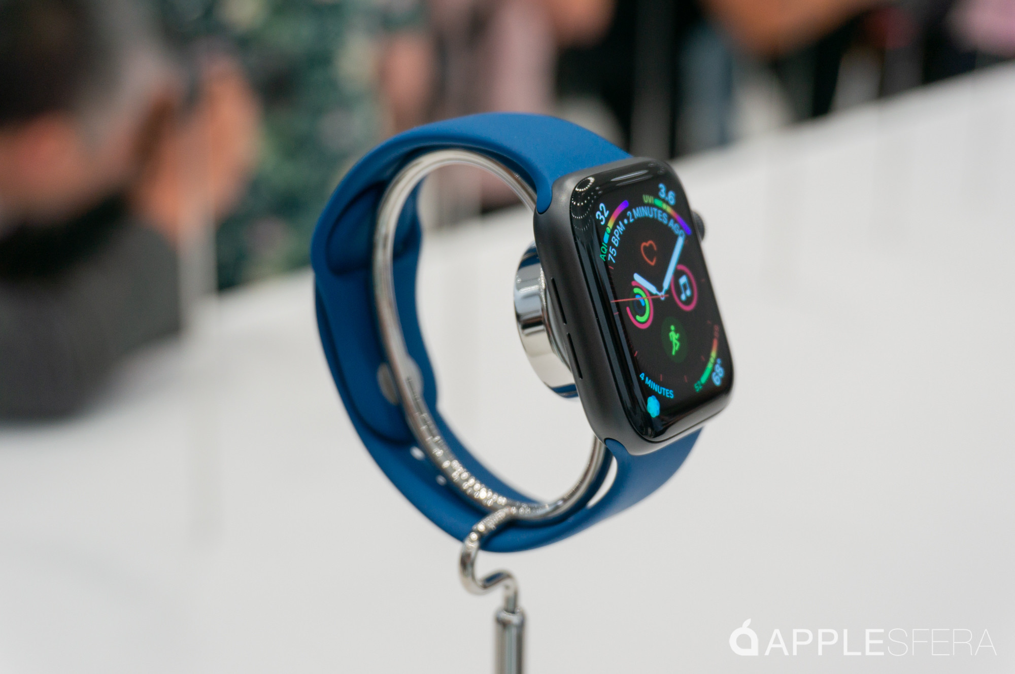 Foto de Apple Watch Series 4, iPhone XS, iPhone XS Max y iPhone XR (12/41)