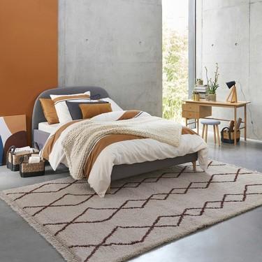 Ocho ideas para ganar espacio en un dormitorio y poder integrar bien en él la zona de trabajo