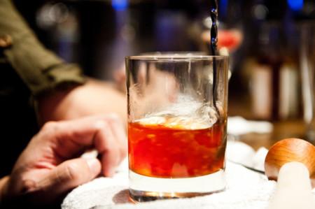 Dos apps que quieren evitar el consumo de alcohol en menores de edad en Colombia