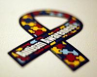 Nuevo experimento consigue revertir los síntomas del autismo (en ratones)