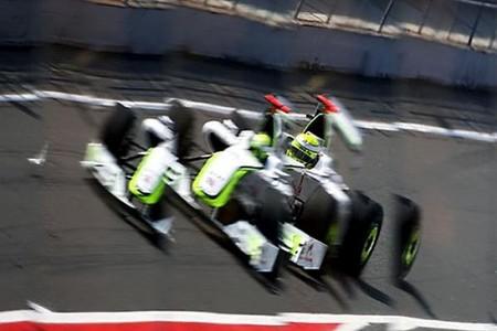 Jenson Button y Sebastian Vettel en primera línea para la salida del GP de España
