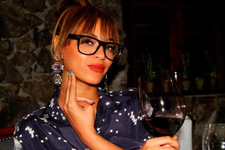 Todas las claves para conseguir un look nerd gracias a tus gafas