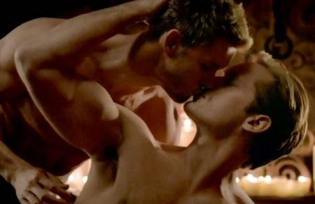 alexander-skarsgard-ryan-kwanten-true-blood-sex-scene-01.jpg