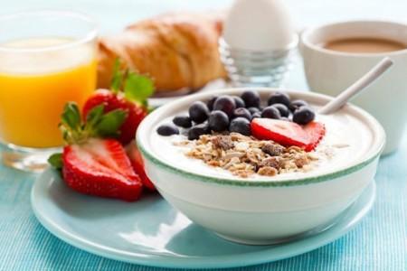 Seis errores que pueden estropear tu desayuno