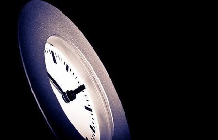 El cambio horario supone un ahorro escaso del 5 % de energía
