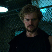 "Finn Jones sale en defensa de 'Iron Fist': ""No está hecha para los críticos"""