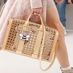 El bolso perforado de Dior, el más deseado del momento