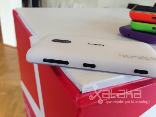 Foto de Nokia Lumia 620 primeras impresiones (14/15)