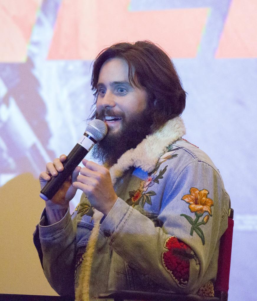 Jared Leto Y Su Chaqueta En Denim Conforman Un Look Perfecto Que Puedes Conseguir En Zara 2