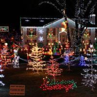 No te vuelvas loco instalando luces navideñas o te quedarás sin WiFi ni PLC