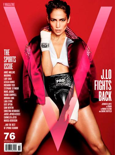 Cuidado Jennifer Lopez no se te escape un puñetazo