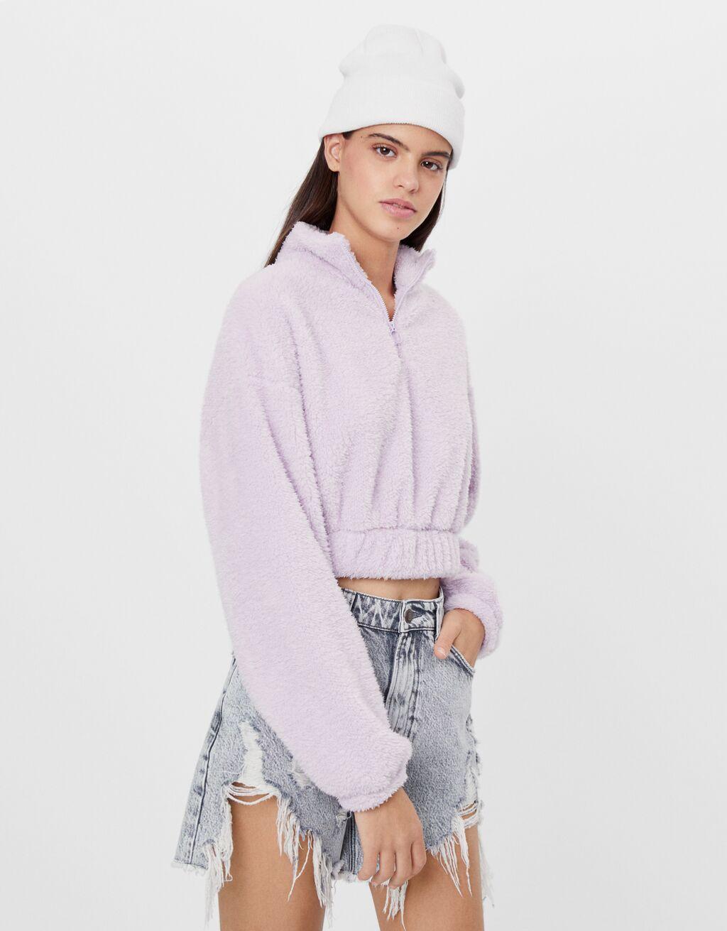 Jersey cropped de borreguito lila