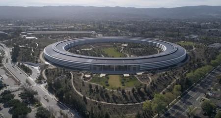 Prácticamente no quedan grúas en el Apple Park en el último vídeo a vista de drone