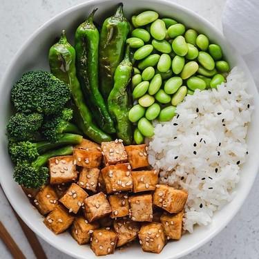 Wakame y edamame: qué hay de verdad en los beneficios que prometen los alimentos de moda japoneses
