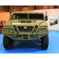 Proyecto ATHEMTO: el todoterreno del ejército español para declarar la guerra a la contaminación, con 50 km de autonomía eléctrica