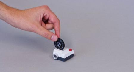 Projecteo, un proyector en miniatura para enseñar tus fotos de Instagram