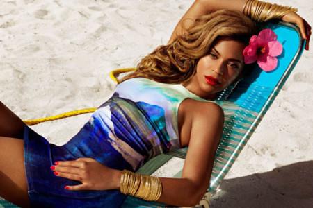 Beyonce para H&M, ¿ganas de un baño tropical?