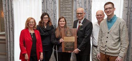 """Apple recibe el premio Louis Braille por """"la buena accesibilidad"""" de sus dispositivos"""