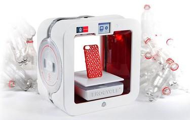 Una impresora que convierte botellas de plástico en cualquier cosa
