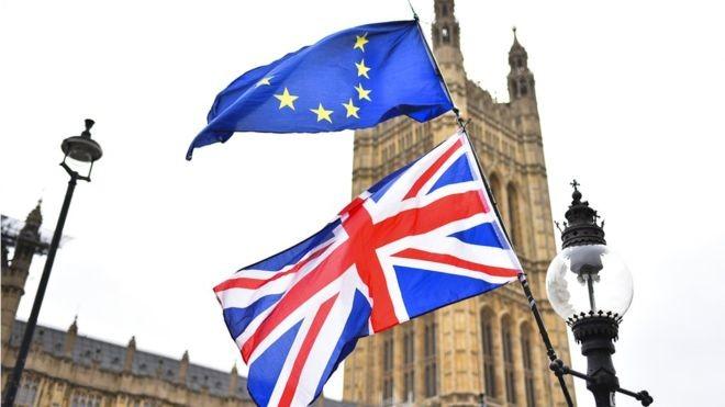 El Parlamento            </div>         </article>     </li>       <li id=