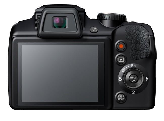 Fujifilm S8400W parte trasera pantalla