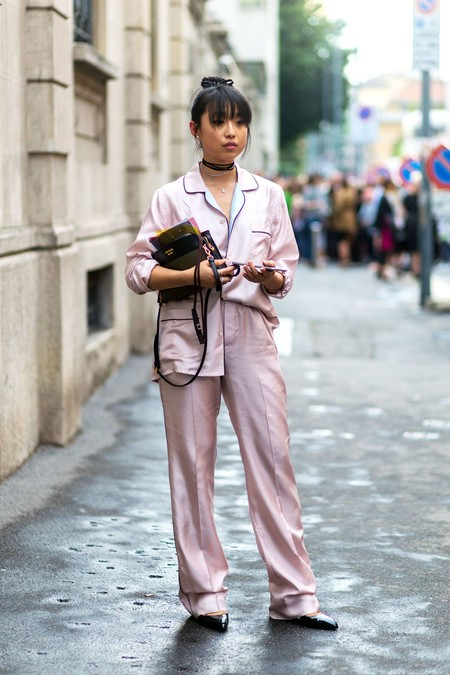 como combinar camisa de pijama