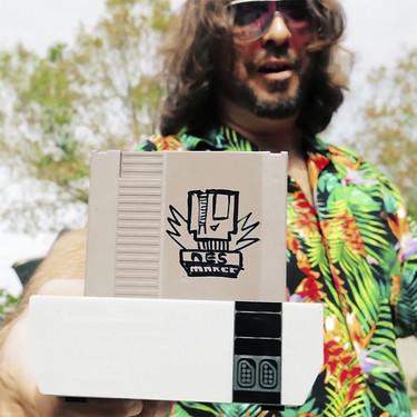 El sistema para grabar tus propios cartuchos de Nintendo NES que salió de un documental de homebrew