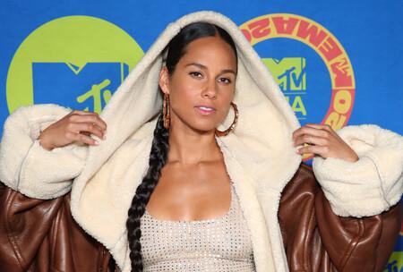 Alicia Keys apuesta por un arriesgado look deportivo en los MTV EMAs 2020 y gana por goleada