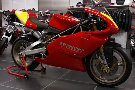 Disfruta: Esta será una de las pocas veces que puedas escuchar una Ducati Supermono