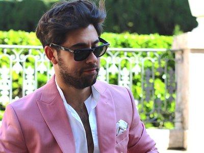 Toques en rosa: el street style se pinta del color femenino (y cool) para la primavera
