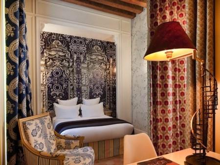 hotel-du-petit-moulin-3.jpg