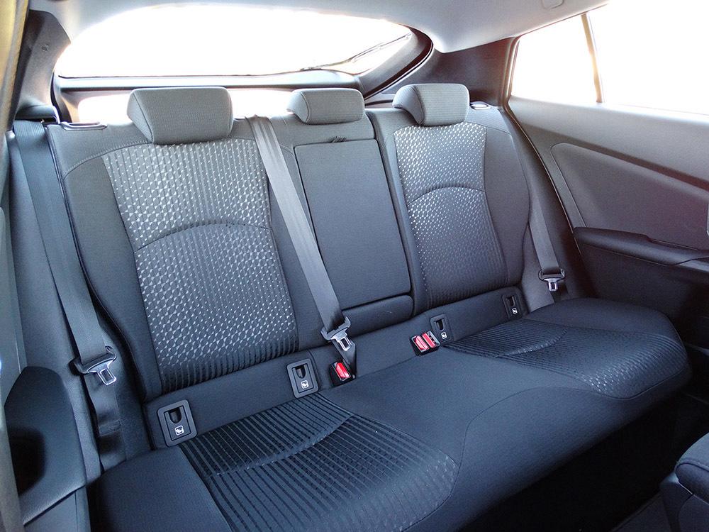 Foto de Prueba Toyota Prius 2016 interiores (6/39)