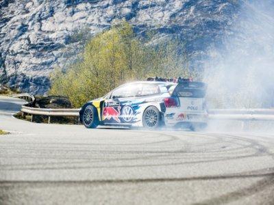 ¿Por qué este Volkswagen Polo WRC lleva portaesquís?