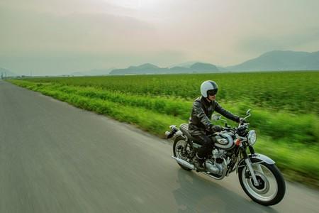 Kawasaki W800 10