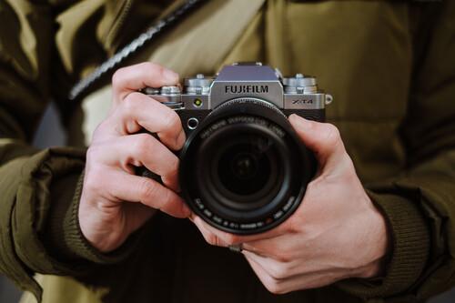 Fujifilm X-T4, Nikon Z50, Sony RX100 y más cámaras, objetivos y accesorios al mejor precio en el Cazando Gangas