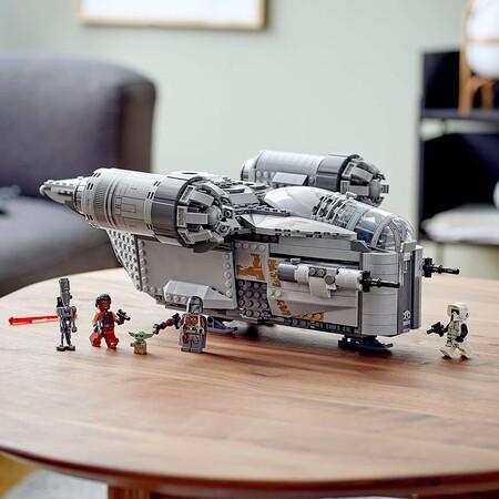 set de LEGO Star Wars The Mandalorian disponible en México