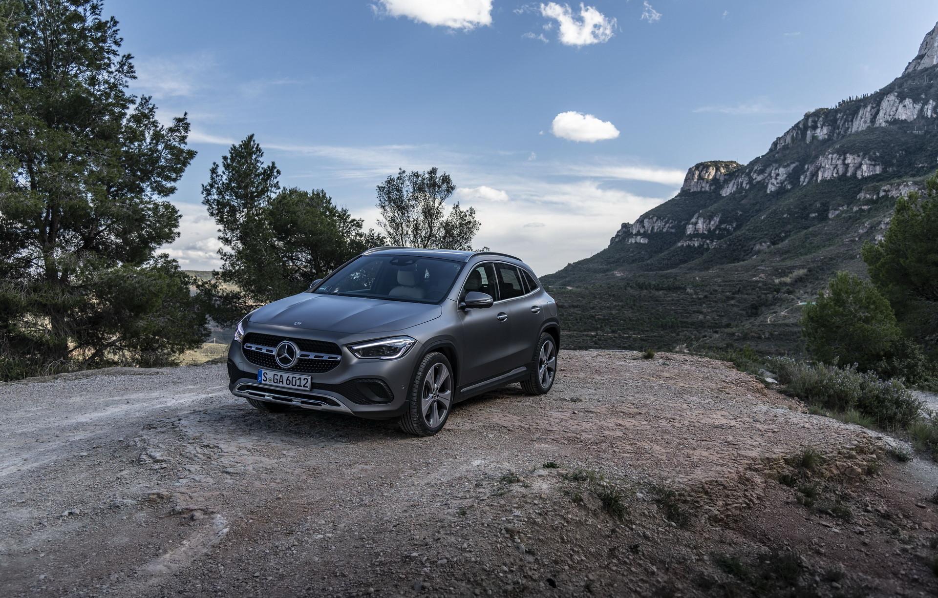 Foto de Mercedes-Benz GLA 2021 (28/103)