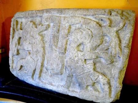 Recuperan en Mérida pieza original maya que estuvo durante años en hotel abandonado