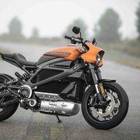 Motos eléctricas y la timidez de la industria: a los fabricantes de motos aún les queda para igualarse con los coches