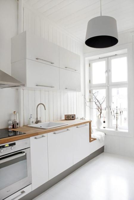 Stylish White Scandinavian Kitchen Design