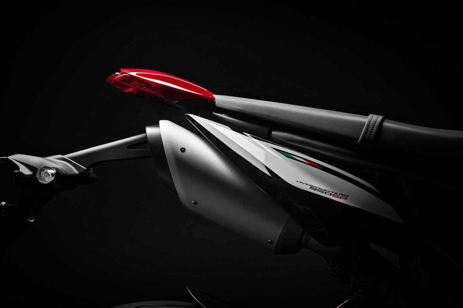Foto de Ducati Hypermotard 950 2019 (67/76)